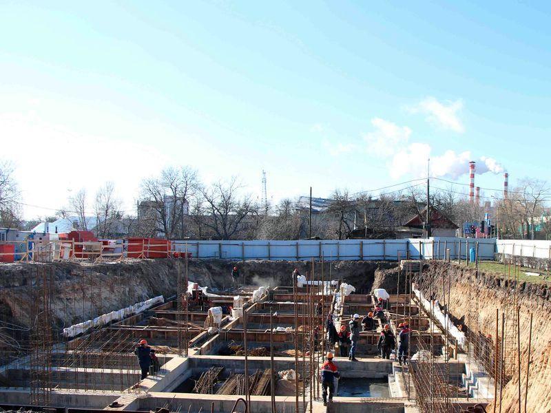 На Пролетарской, рядом с «домом Пилипца», строится новое офисное здание