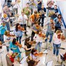 """Гомельский симфонический оркестр устроил флеш-моб в торговом центре """"Мандарин Плаза"""""""