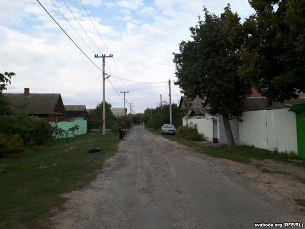 В Гомеле жители требуют благоустроить улицу Володарского