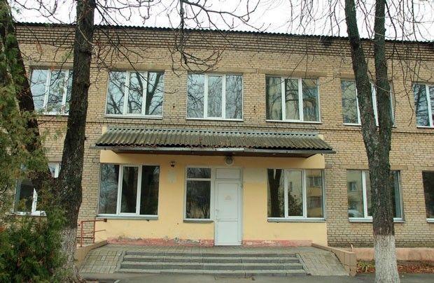 Здание поликлиники в Новобелице не используется уже полтора года