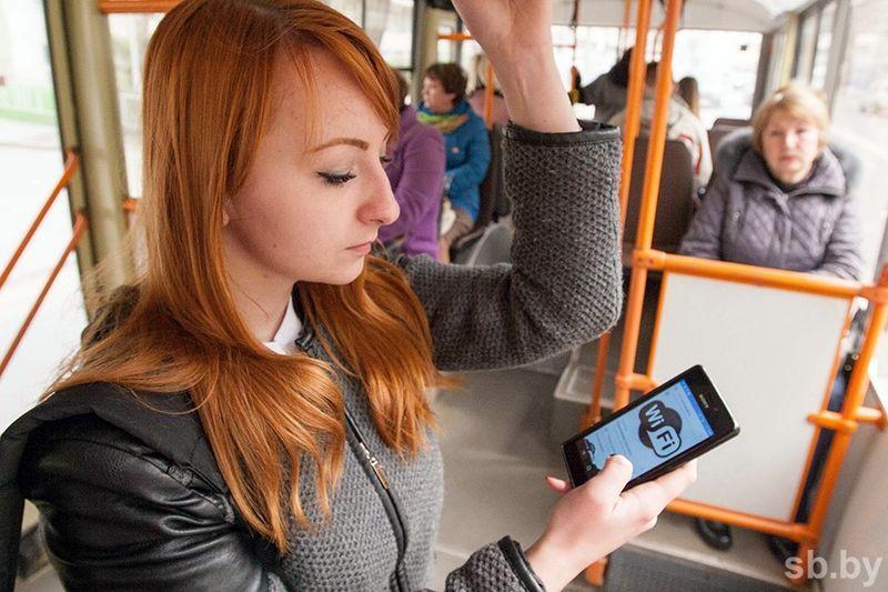 В троллейбусах Гомеля появился бесплатный Wi-Fi