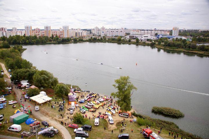 В Гомеле проходят соревнования по водно-моторному спорту