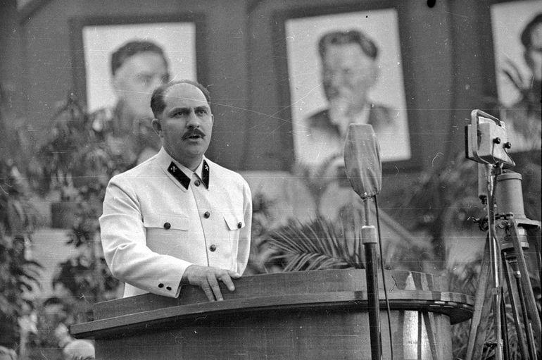 Как сапожник из Гомеля стал «отцом» Октябрьской революции