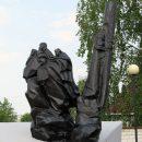 Памятник воинам-зенитчицам