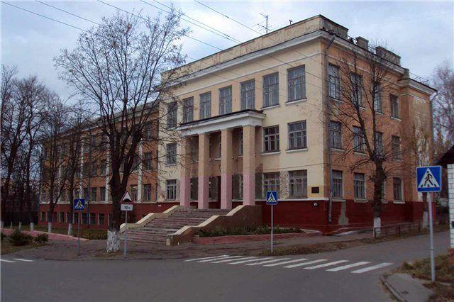 Здание бывшей средней школы №16 станет жилым домом