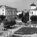 Сквер на углу ул. Советской и Коммунаров 23 сентября 1953