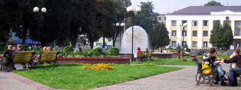 Фонтан на площади Победы