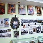 v-71-j-gimnazii-otkrylsya-muzej04