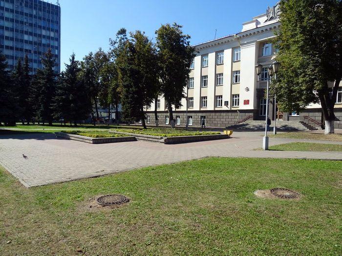 dva-mesta-v-centre-gomelya2