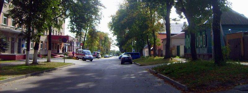 Комиссарова, улица