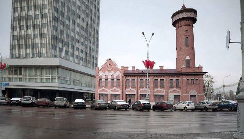 Так могла бы выглядеть центральная площадь Гомеля, если бы пожарное депо не было снесено. Фото: сообщество «Пошукі старога Гомеля».