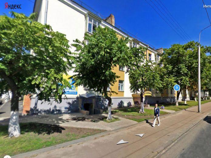 Возле дома № 9 деревьев не останется. Фото Яндекс-панорама